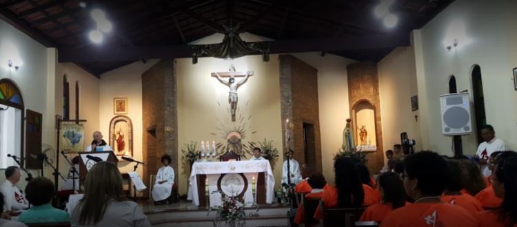 Devotos de São João Batista participando do rito tradicional de missas na igreja | Foto: Divulgação - Foto: Divulgação
