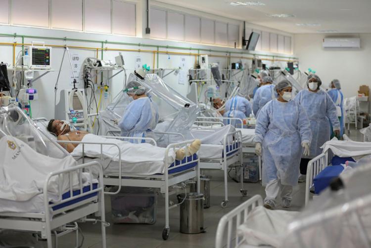 Cuidados são necessários para evitar propagação do vírus   Foto: Michael Dantas   AFP - Foto: Michael Dantas   AFP