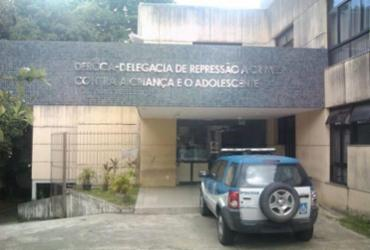Homem é preso após agredir filha de um ano em São Marcos | Reprodução