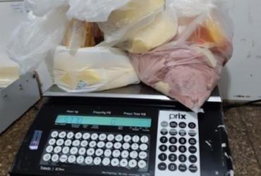 Cerca de 500kg de carne imprópria para consumo são apreendidos em Cândido Sales