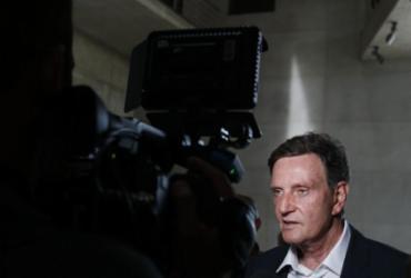 Crivella anuncia contingenciamento de até R$ 700 milhões no Rio | Tânia Rêgo | Agência Brasil