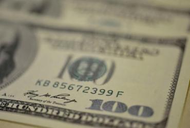 Dólar cai na semana e é vendido a R$ 5,32 | Agência Brasil