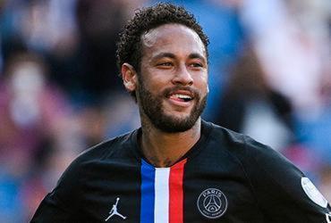 Com dois gols de Neymar, PSG faz nove no Le Havre | Anne-Christine Poujoulat | AFP