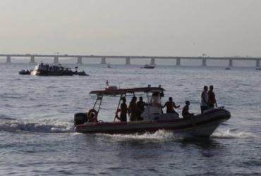 Helicóptero de pequeno porte cai na Baía de Guanabara | Domingos Peixoto | Agência Brasil
