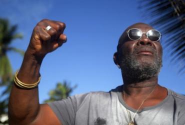 Lazzo Matumbi completa 40 anos de carreira solo com coerência e ativismo |