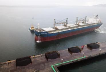Minério baiano tipo exportação começa a ser escoado pelo terminal portuário da Enseada | Divulgação