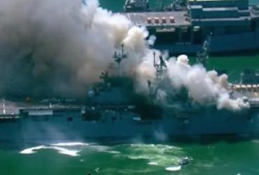Incêndio em navio da Marinha dos EUA deixa 21 feridos | Reprodução | YouTube