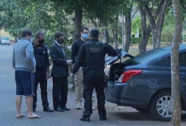 Polícia cumpre mandados em Irecê e São Gabriel em operação sobre compra de testes