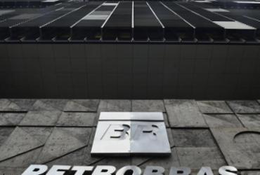 Petrobras inicia descomissionamento de plataformas antigas |