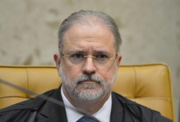 Aras defende manter quebra de sigilos de assessor de Eduardo Bolsonaro |