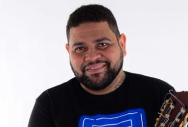 Saullo Razzy apresenta live 'Fazendo um samba diferente' neste sábado | Divulgação