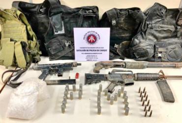 Armas e munições são encontradas escondidas em 'bunker' no bairro de Sussuarana | Divulgação | SSP