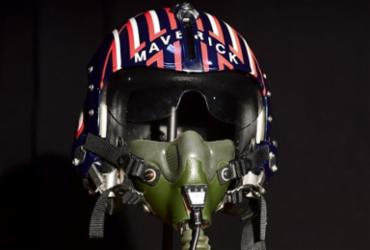 "Capacete de ""Top Gun"" e nave de ""Alien"" serão leiloados em Hollywood | Frederic J. Brown | AFP"