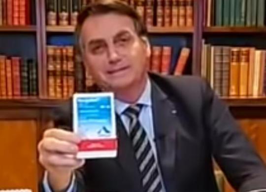 Procurador pede a TCU que proíba Bolsonaro de propagandear o uso da cloroquina   Reprodução