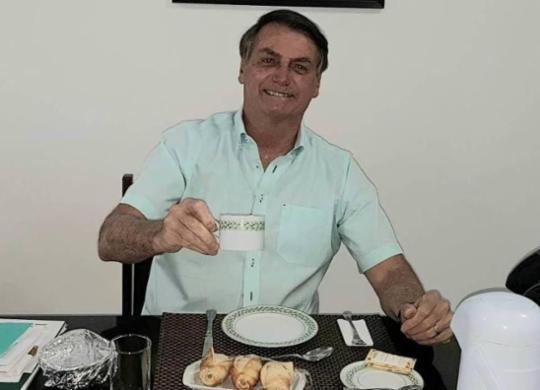 Bolsonaro diz estar 'muito bem' e volta defender uso da hidroxicloroquina | Reprodução
