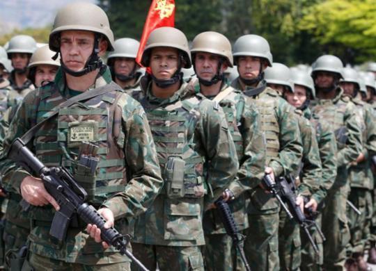 Gasto com previdência de militar é 17 vezes o de aposentado do INSS | Agência Brasil