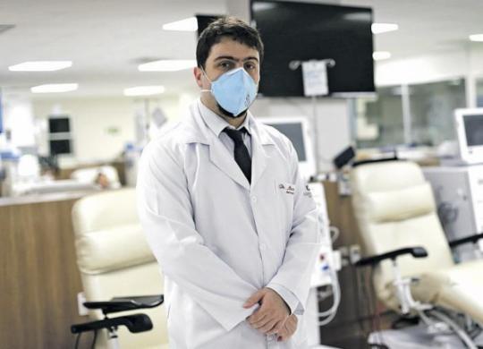 Necessidade de tratamento aumenta risco de infecção de pacientes renais   Adilton Venegeroles   Ag. A TARDE