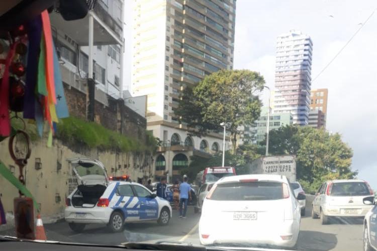 Acidente deixou o trânsito lento na região | Cidadão Repórter | Whatsapp - Foto: Cidadão Repórter | Whatsapp
