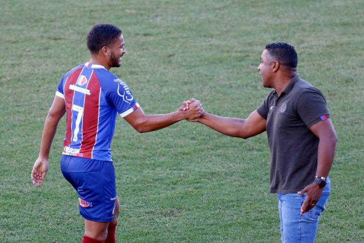 Treinador gostou da atuação do jogador | Foto: Felipe Oliveira | E.C.Bahia - Foto: Felipe Oliveira | E.C.Bahia