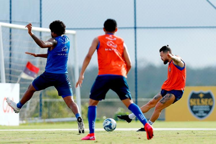 Roger Machado promoveu exercícios técnicos, voltados para a posse de bola e finalizações   Foto: Felipe Oliveira   EC Bahia - Foto: Felipe Oliveira   EC Bahia