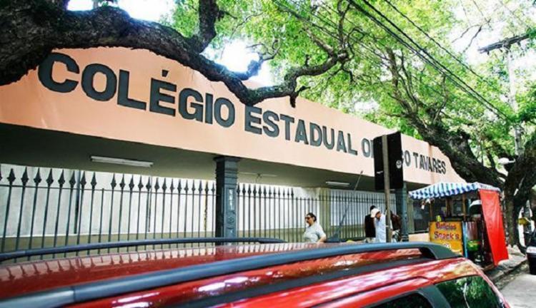 Colégio Estadual Odorico Tavares, no Corredor da Vitória, deixa de ser local de votação  Foto: Gildo Lima   Ag. A TARDE - Foto: Gildo Lima   Ag. A TARDE
