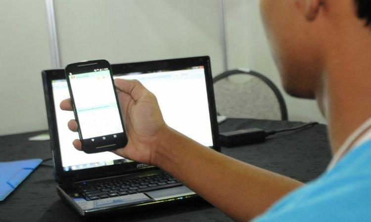 Aulas são gratuitas e feitas 100% online | Foto: Álvaro Henrique | Secretaria da Educação - Foto: Álvaro Henrique | Secretaria de Educação