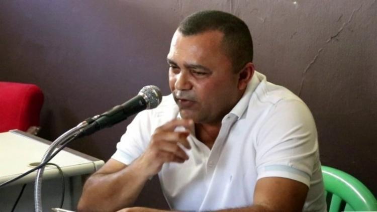 EX-PREFEITO DE PILÃO ARCADO CASSADO É DENUNCIADO POR NEPOTISMO