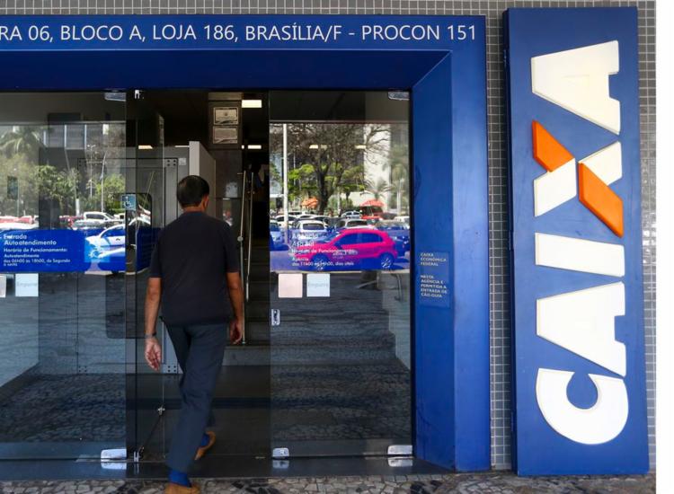 rabalhadores com dados incompletos precisam concluir cadastro - Foto: Agência Brasil