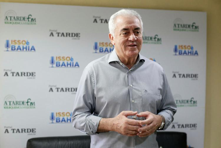 Senador relaciona atual situação da covid no Brasil às chacotas do presidente | Foto: Raul Spinassé | Ag. A TARDE - Foto: Raul Spinassé | Ag. A TARDE