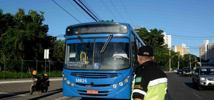 Nesta primeira fase de retomada, 70% da frota de ônibus ou 1.514 veículos, estão circulando - Foto: Divulgação