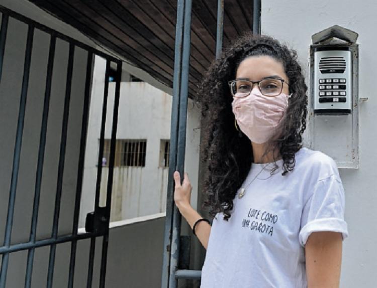 Tarsila Ferreira pretende manter os mesmos cuidados do período de maior restrição | Foto: Shirley Stolze | Ag. A TARDE - Foto: Shirley Stolze | Ag. A TARDE