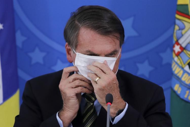 Bolsonaro vetou obrigatoriedade do uso de máscaras em alguns estabelecimentos - Foto: Sergio Lima | AFP