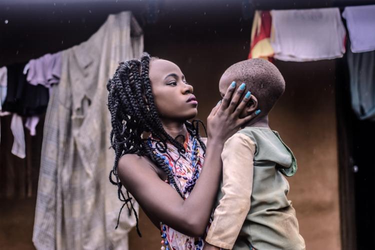 Olhar da branquitude define quem é o sujeito negro antes mesmo dele se reconhecer | Foto: Dazzle Jam | Nappy - Foto: Dazzle Jam | Nappy
