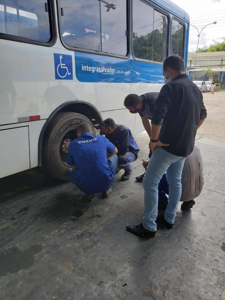 Ônibus foi avaliado na manhã desta quinta | Foto: Divulgação | CSN - Foto: Divulgação | CSN