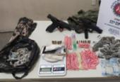 Suspeitos de tráfico fogem abandonando armas e drogas em Simões Filho   Foto: Divugação   SSP