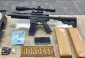 Líder de facção criminosa é preso com fuzil, drogas e dinheiro no Cassange | Foto: Divulgação | SSP
