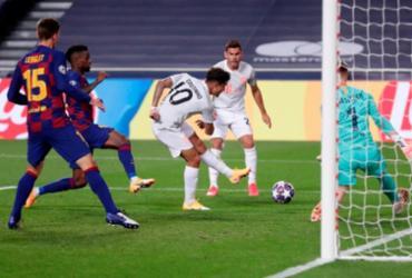 Bayern faz oito gols, massacra o Barcelona e vai às semifinais da Champions | Manu Fernandez | AFP