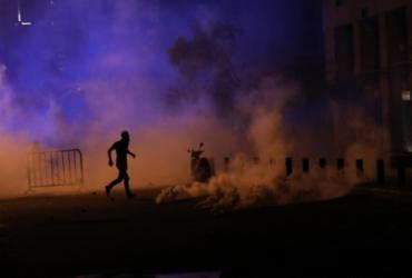 Dois ministros renunciam no Líbano, novos confrontos em Beirute | Anwar Amro | AFP