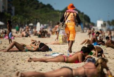 Banho de mar no Rio de Janeiro terá demarcação nas areias e reserva por internet, diz Crivella | Hermes de Paula | Agência Brasil