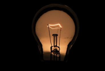 Energia elétrica de inadimplentes pode ser cortada a partir de hoje | Marcello Casal Jr. | Agência Brasil
