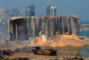 Funcionários e autoridades alfandegárias do porto de Beirute são detidos   STR   AFP