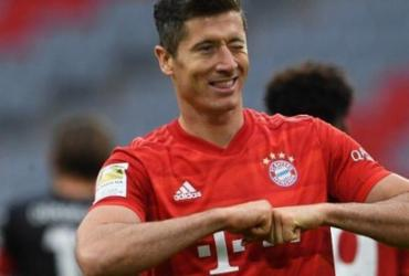Artilheiro do Bayern, Lewandowski tem a mesma quantidade de gols que o Barcelona | Christof Stache | Pool via AP