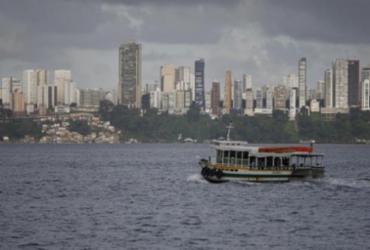 Marinha alerta risco de ondas com até 2,5 metros na Bahia | Luciano Carcará | Ag. A TARDE