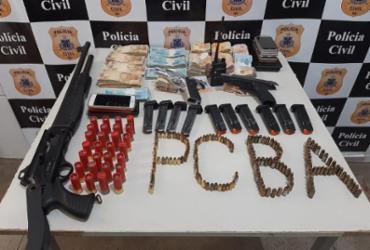 Operação em Juazeiro apreende mais de R$ 78 mil, armas e munições