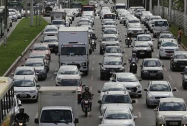 Salvador volta a ter restrição de circulação de caminhões em horário de pico | Xando Pereira | Ag. A TARDE | 31.03.2017
