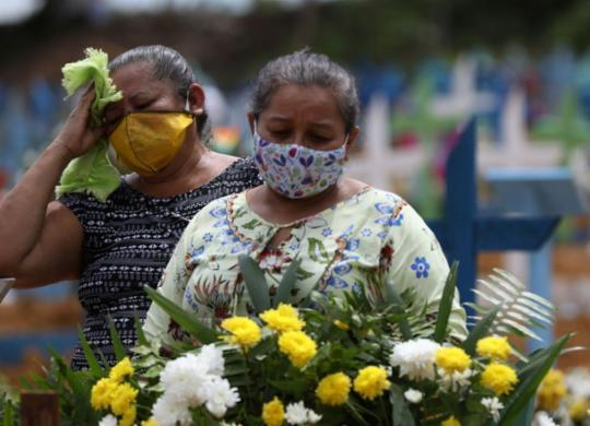 Após quase cinco meses, Brasil chega a 100 mil mortos por Covid-19 | agência Brasil