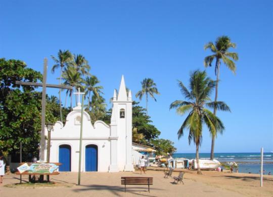 Retorno do turismo anima Praia do Forte | Divulgação|