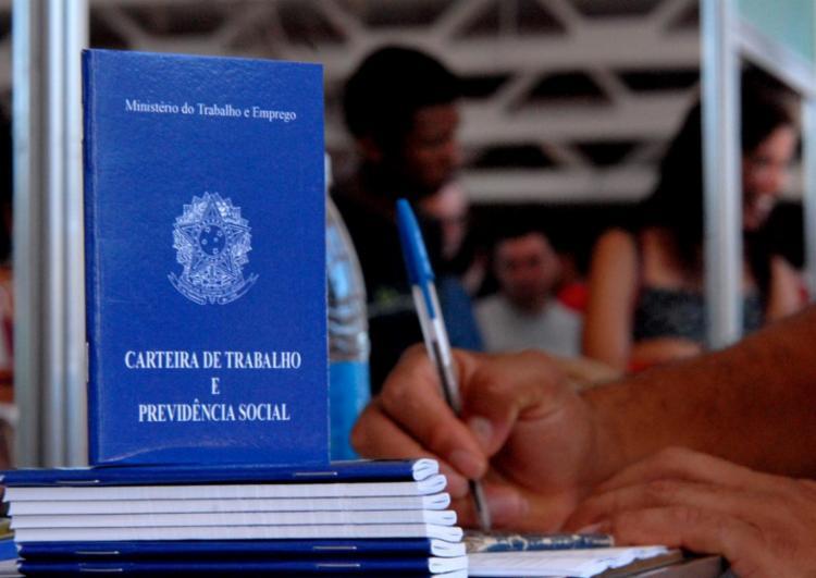 Trabalhador que ganha o mínimo não terá aumento real em 2021 - Foto: Agencia Brasil