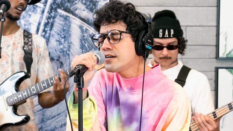 Faixa ganha uma versão dançante, que transita entre o soul music, rap, indie e R&B | Foto: Divulgação - Foto: Divulgação