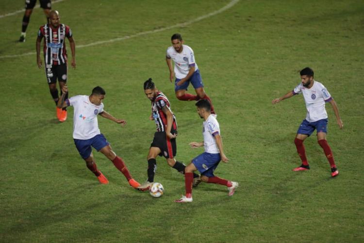 Última vez que o Bahia pisou nos gramados da Arena foi no dia 7 de março   Foto: Adilton Venegeroles   Ag. A TARDE - Foto: Adilton Venegeroles   Ag. A TARDE